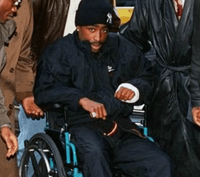 Tupac going to the courthouse